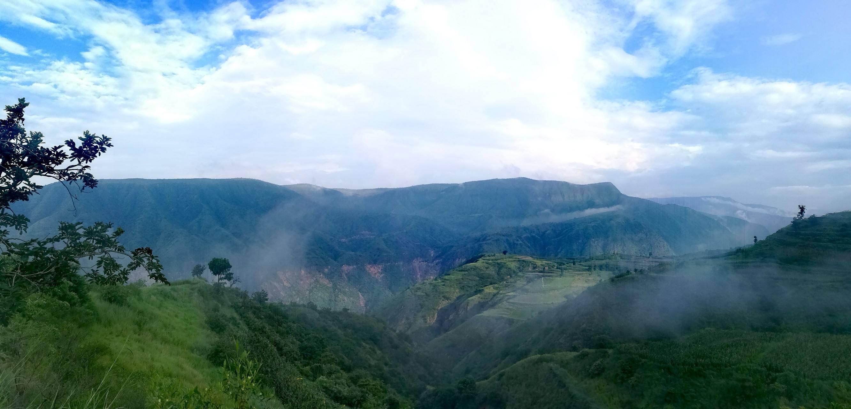 十万大山在广西的句子